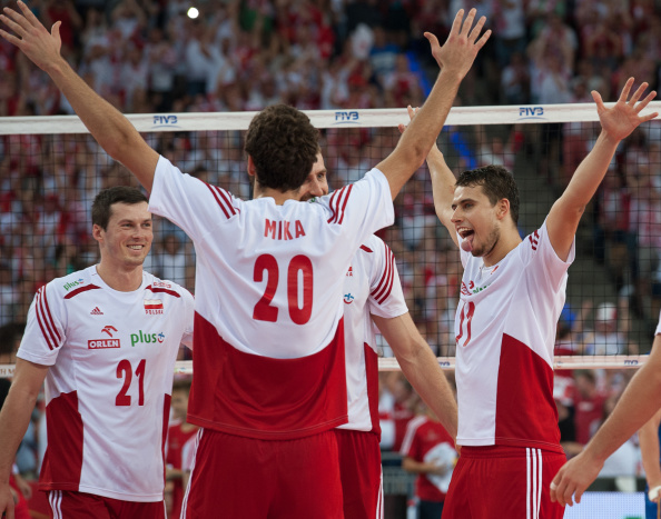 Poland secured a berth in the third round of the Volleyball World Championships with a hard fought victory over France ©Getty Images