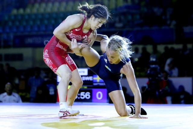 Saori Yoshida secured her 12th world title with a convincing win over Sofia Mattsson ©United World Wrestling