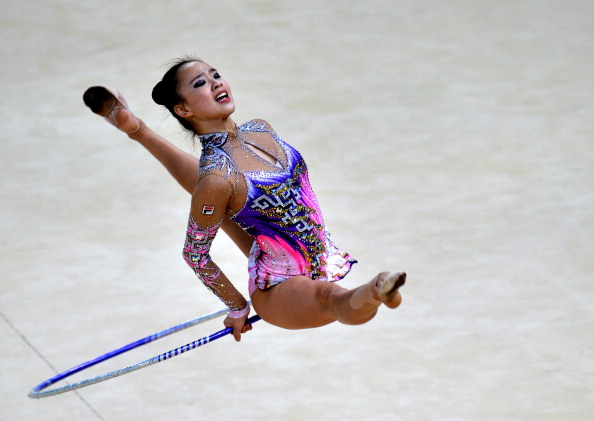 South Korea's Son Yeon Jae leads the hoop standings after the first day of action in Izmir ©AFP/Getty Images