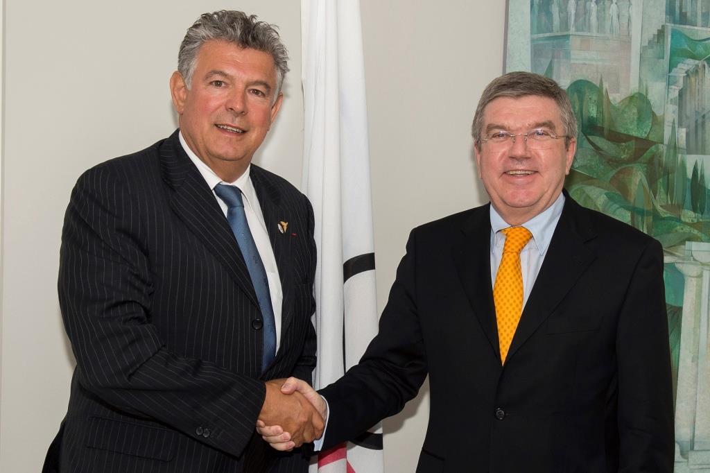 WOA President, Joël Bouzou (left), and IOC President, Thomas Bach (right) ©WOA