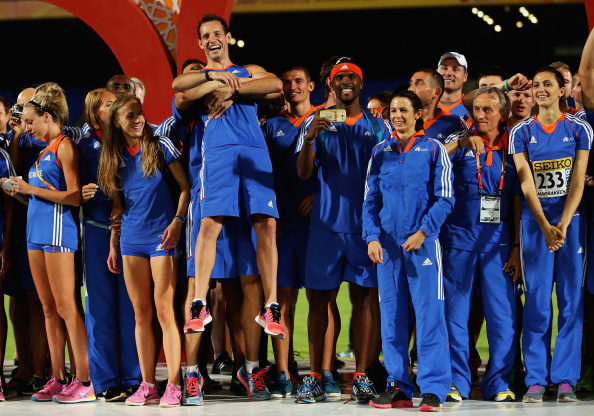 Renaud Lavillenie gets a lift as Team Europe celebrate a huge victory in the second IAAF Continental Cup at Marrakech ©Getty Images