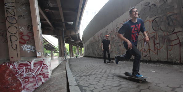Skateboarders under Brooklyn Bridge in New York in 2010. Gary Ream, President of the International Skateboarding Federation, says music plays a crucial part in the promotion of this lifestyle sport ©Getty Images