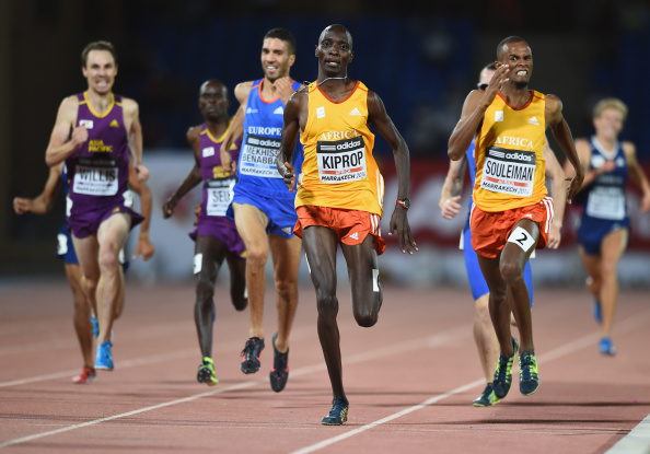 Ayanleh Souleiman (right) prepares to move past Team Africa colleague Asbel Kiprop, Kenya's world champion, to take maximum points in the men's 1500m in Marrakech ©Getty Images