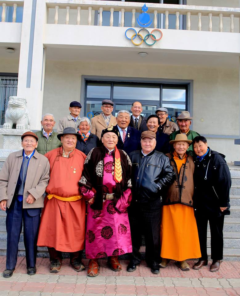 A number of Mongolian Olympians were presented with pins to celebrate the 50th anniversary of the country's first Summer Olympic appearance ©Mongolian National Olympic Committee