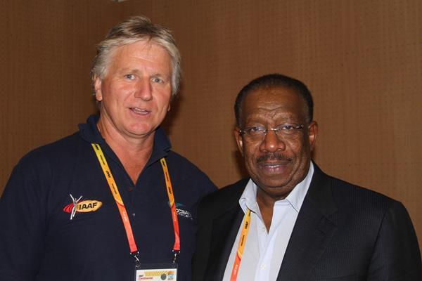 Asian Athletics Association President Dahlan Al Hamad (right), alongside Oceanic counterpart Geoff Gardner, has reiterated his desire for more inter-continental cooperation ©David Tarbotton via IAAF