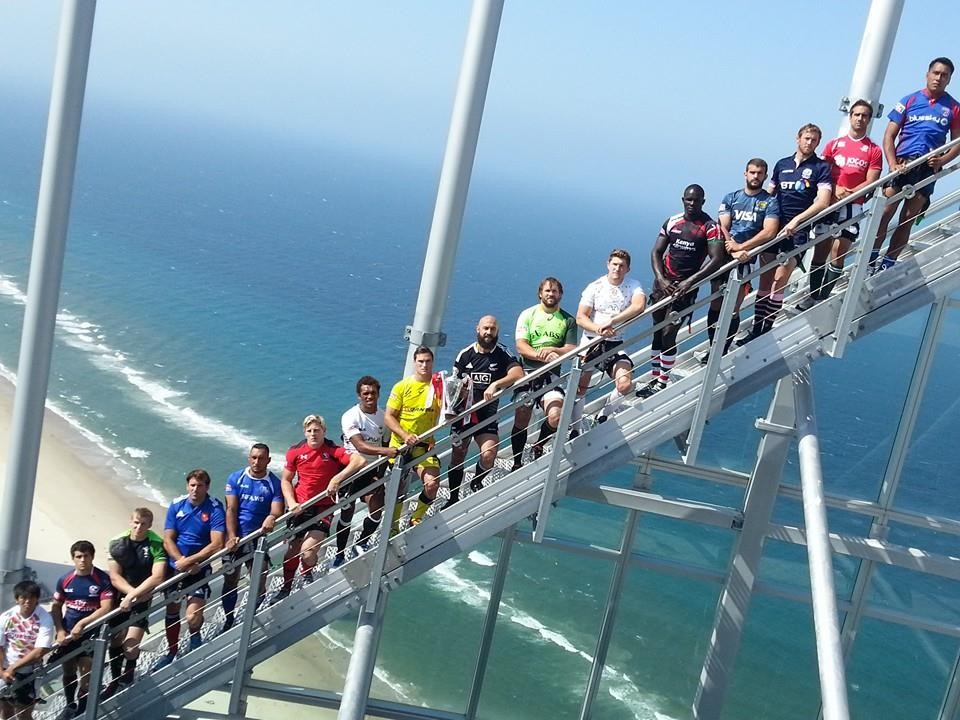 Captains line up at Gold Coasts highest residential skyrise, Q1, ahead of the Gold Coast Sevens ©ITG