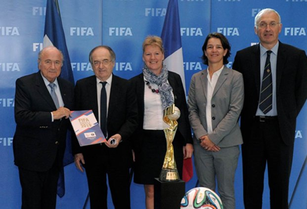 French Football Federation President Noel Le Graet, pictured next to Sepp Blatter, claims female football would be massively boosted by hosting the 2019 Women's World Cup ©FFF