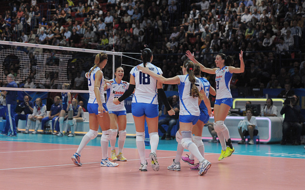 Italy celebrate a victory that knocked Russia out of the World Championships ©Getty Images for FIVB