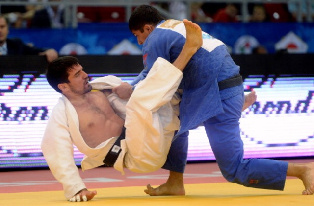 Victor Scvortov (left) will be the main attraction for home fans when the Abu Dhabi Grand Slam gets underway ©IJF