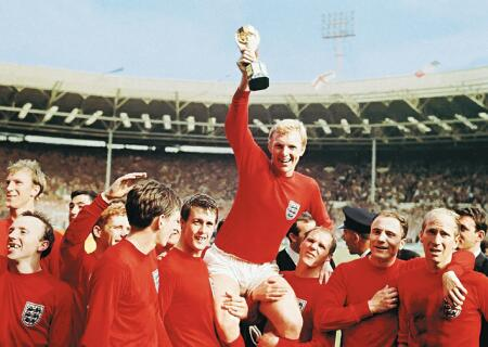 World Cup winners medal by Ray Wilson and Jimmy Greaves are being put up for auction in London ©Getty Images