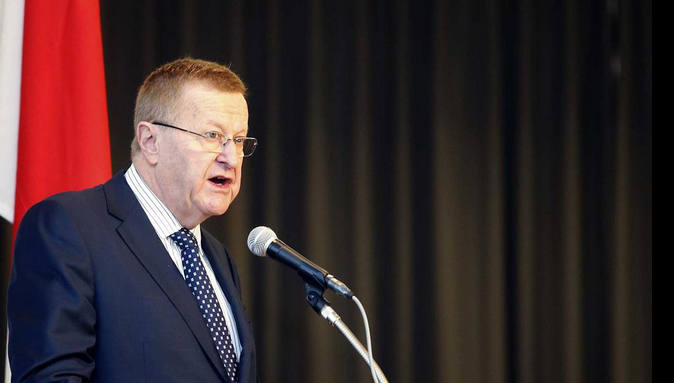 John Coates has urged Tokyo 2020 to consider holder events further afield in order to save costs ©Tokyo 2020/Shugo Takemi