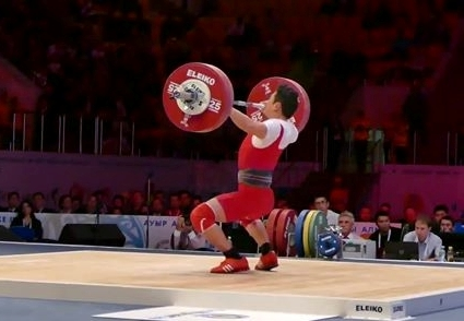 Vietnam's Kim Tuan Thach set a world junior record in the 56kg at the IWF World Weightlifting Championships in Almaty ©IWF
