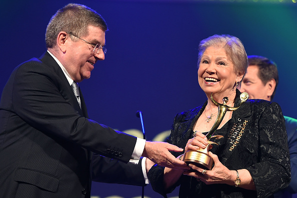 Larisa Latynina accepts the Outstanding Performance Award from Thomas Bach during the ANOC Gala Awards ©Getty Images