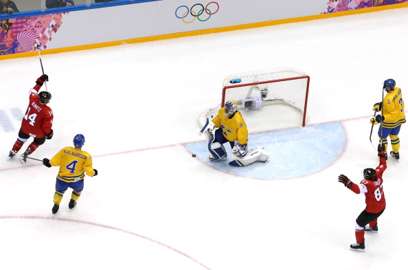 Nicklas Bäckström was suspended from playing in the ice hockey final of Sochi 2014, where Sweden lost 3-0 to Canada ©Getty Images