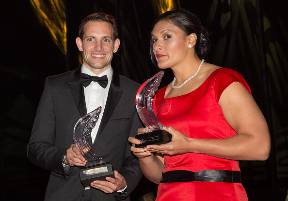 Valerie Adams and Renaud Lavillenie pose with their IAAF World Athlete of the Year Awards ©Getty Images