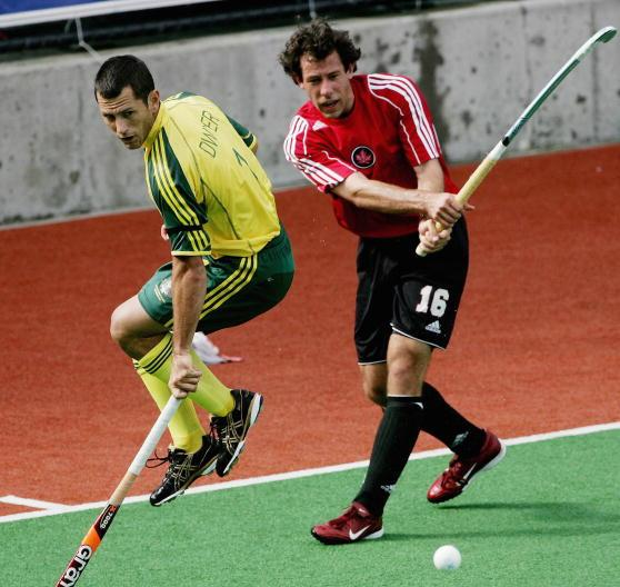 Scott Sandison (right) has been re-appointed as a member of the FIH Athletes' Committee ©Getty Images