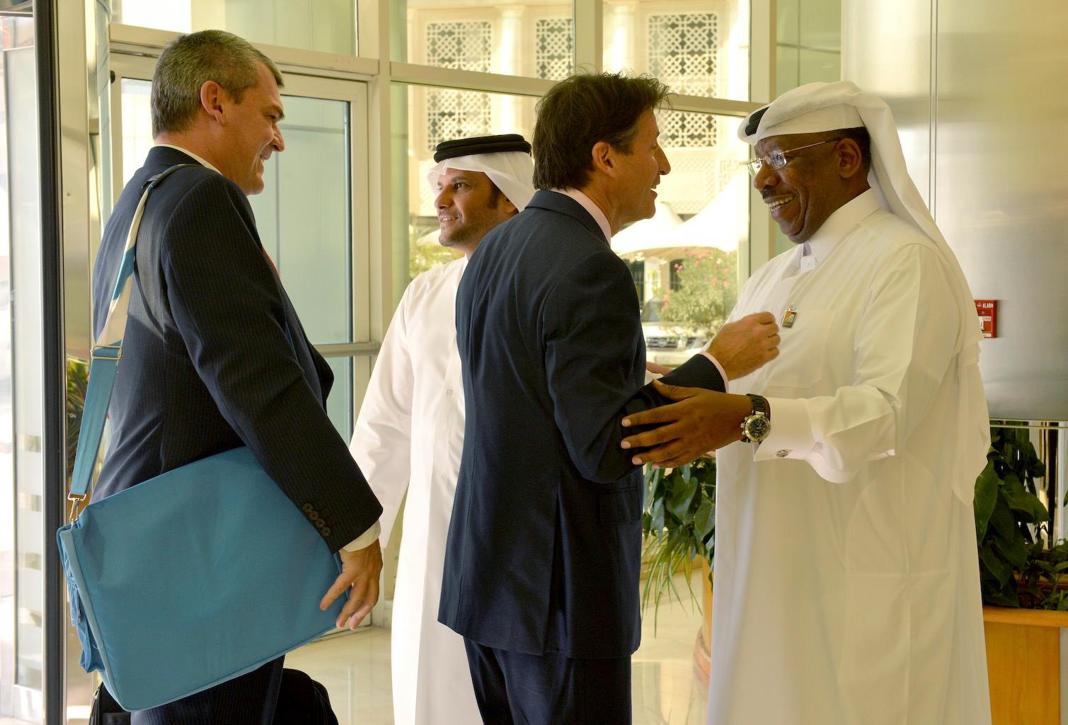 Dahlan Al Hamad is greeted by IAAF Evaluation Commission head, Sebastian Coe during the inspection visit to Doha last month ©Doha 2019