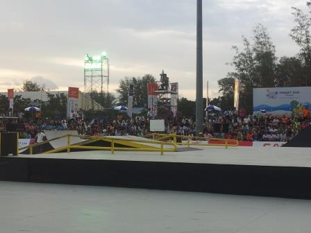 "Skateboarders perform in from of an enthusiastic crowd in the ""Stunt Park"" competition ©ITG"