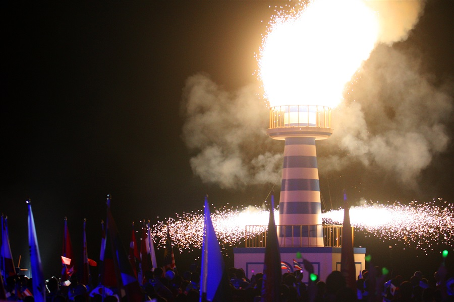 The Phuket 2014 Flame before being extinguished to close the Ceremony and the Games ©Phuket 2014