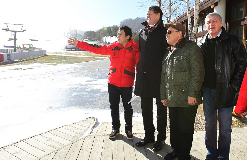 The Russian Olympic Committee left Pyeongchang impresssed after visits to the venue construction sites ©Pyeongchang 2018