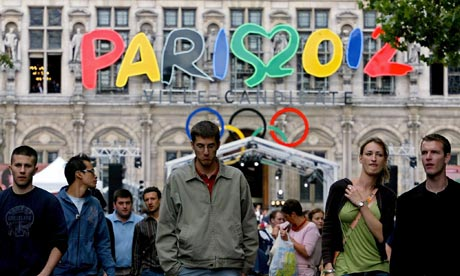 Scars from Paris' unsuccessful bid for the 2012 Olympics and Paralympics, awarded to London, still run deep in the French capital ©Getty Images