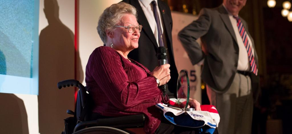 Caz Walton has been presented with a lifetime achievement award by the BPA ©BPA