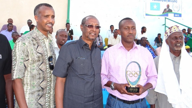 Eng Ahmed Kirish was honoured in front of leading Somali officials in Mogadishu ©Somalia National Olympic Committee