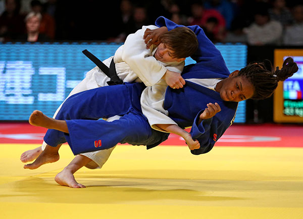 It took just seconds for Tina Trstenjak to secure the women's under 63kg gold medal as she defeated Edwige Gwend ©IJF