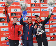 Lizzie Yarnold continued her Olympic form with victory in the season-opening World Cup ©FIBT