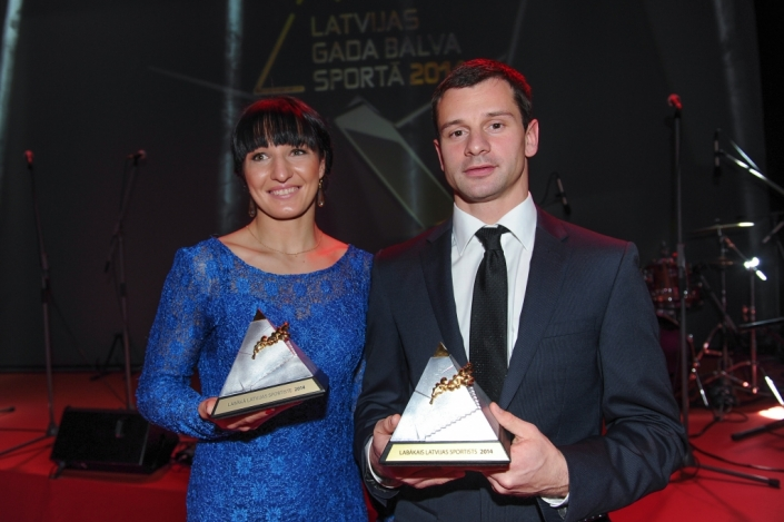 Martins Dukurs and Anastasija Grigorjeva have been named as Latvia's Athletes of the Year for 2014 ©LOC