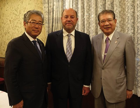 Japanese Olympic Committee President Tsunekazu Takeda (left) pictured with WKF President Antonio Espinós and JFK head Takashi Sasagawa ©WKF