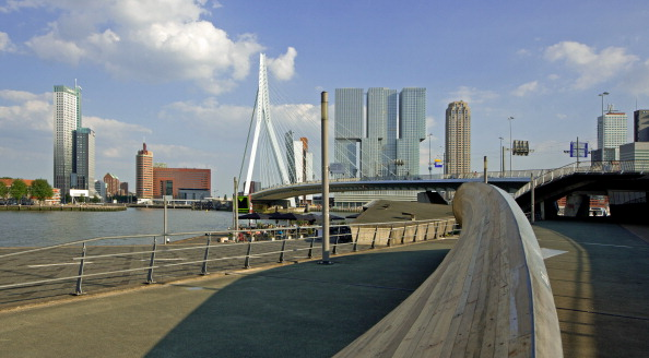 Rotterdam has proposed a circuit in the city on the famous peninsula Kop van Zuid ©Getty Images