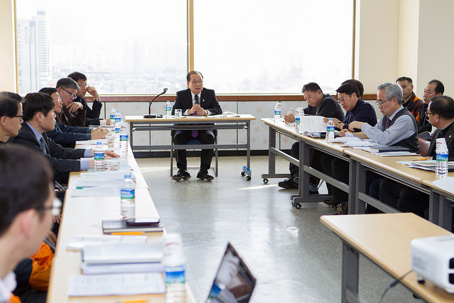 The Gwangju 2015 Organising Committee has held a debrief after its two month venue inspection operation ©Gwangju 2015