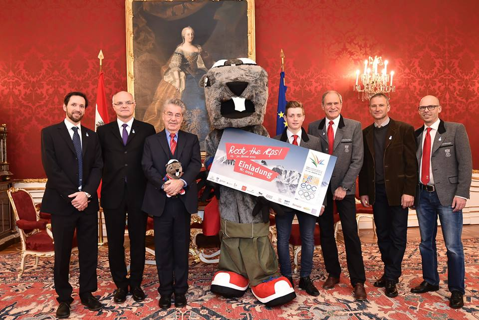 The Austrian Olympic Committee delegation with the Federal President of Austria (fourth from left) at the Hofburg Palace in Vienna ©EYOF 2015