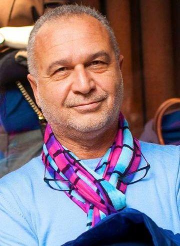 Azer Garib is famous travel journalist and founder of the popular Azerbaijani TV travel programmes Oralar and 5 o'clock with Azer Garib ©Baku 2015