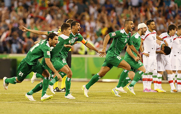 Iraq's Salam Shakir held his nerve to book his sides place in the quarter-finals with the decisive penalty against Iran ©Getty Images