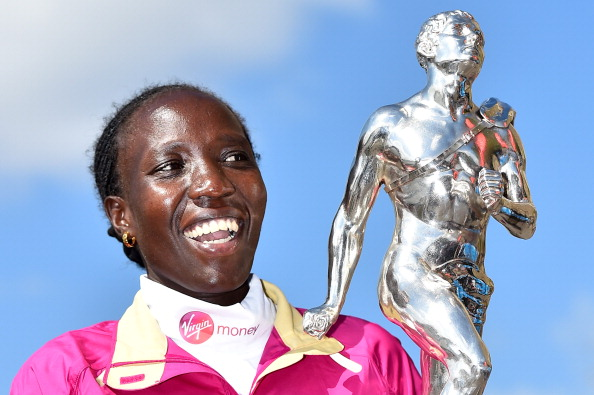 Edna Kiplagat after winning the 2014 London Marathon title, which she will defend on April 26 ©AFP/Getty Images
