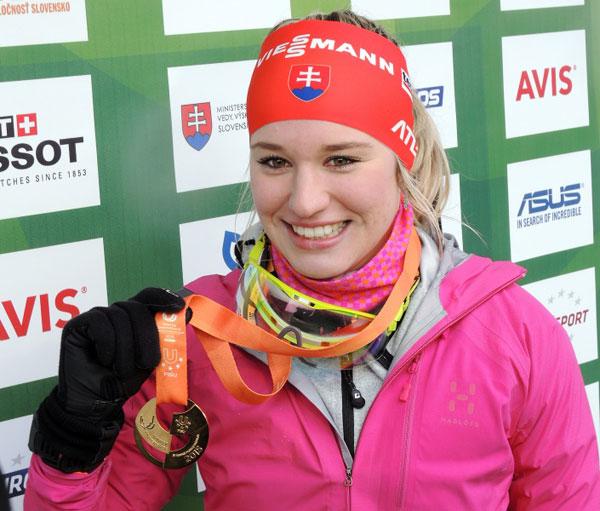 Paulina Fialkova secured gold in the women's biathlon 7.5km sprint ©FISU