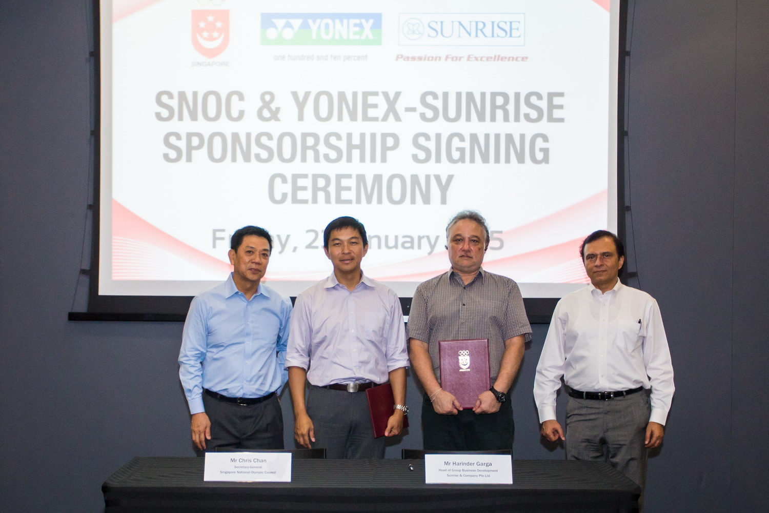 The SNOC have announced a six-year extension to their deal with Yonex distributors Sunrise ©SNOC