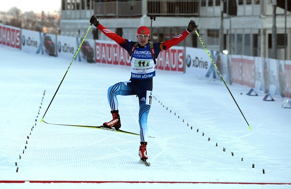 Alexey Volkov and Yana Romanova claimed victory in the inaugural inaugural single mixed relay race at the IBU World Cup ©Getty Images