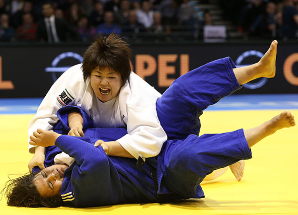 Kanae Yamabe got Japan off to the best possible start as she won the women's under 78kg category with victory over Nihel Cheikh Rouhou of Tunisia ©IJF