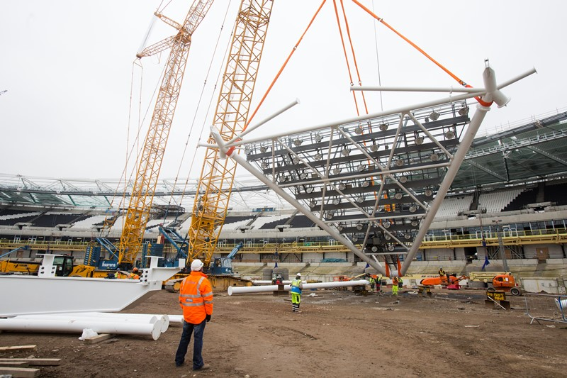 The new floodlights being installed at the Olympic Stadium retain the triangular shape that were a feature of London 2012 ©London Legacy Development Corporation