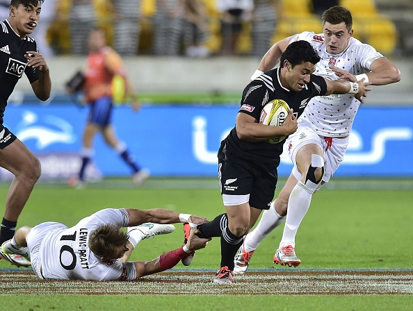 New Zealand overcame England to top their pool ©AFP/Getty Images