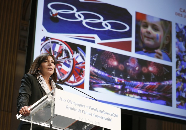 Paris Mayor Anne Hidalgo was one of the political leaders to be presented with a report on the city's candidacy for the 2024 Olympic and Paralympic Games ©Getty Images