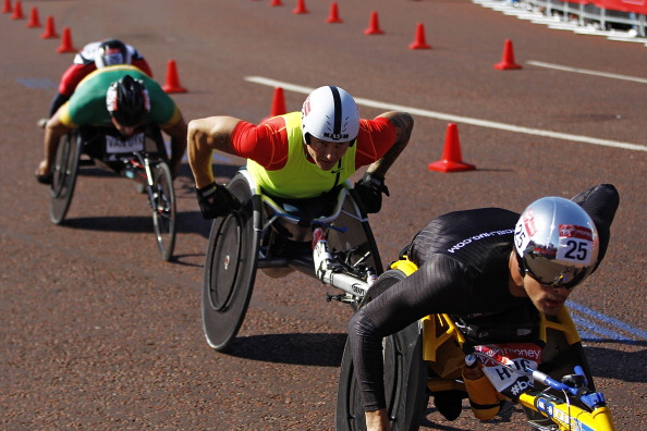 Switzerland's Marcel Hug pipped David Weir to the 2014 London Marathon title ©Getty Images