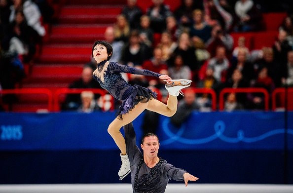 Yuko Kavaguti and Alexander Smirnov secured the European title after winning the free skating programme ©AFP/Getty Images