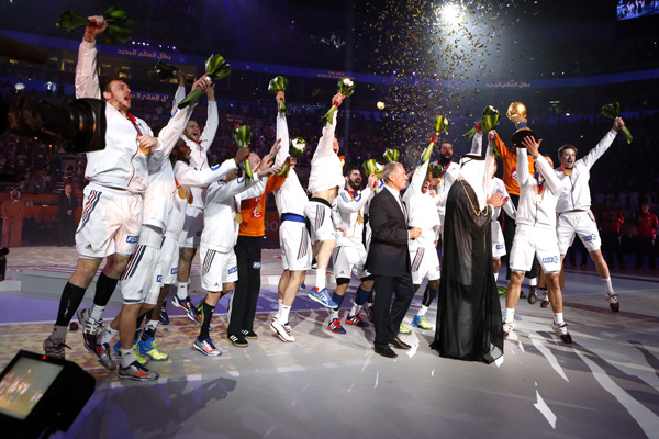 France celebrate their 25-22 win over Qatar in the final of the Men's World Handball Championships ©Qatar2015