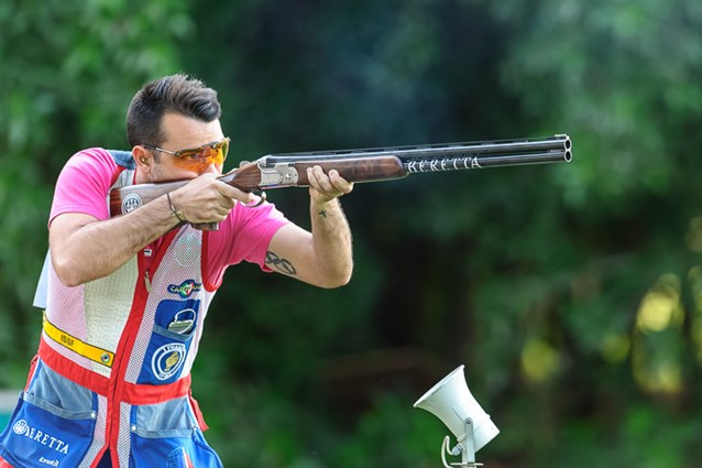 Frenchman Anthony Terras claimed victory in the men's skeet event to round off the Shotgun World Cup in Al Ain in style ©ISSF