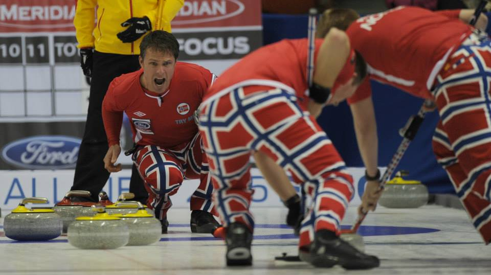 Norway opened their title defence with a win at World Men's Curling Championship in Canada ©WCF/Curling Canada/Michael Burns 2015