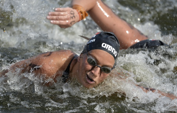 Rachele Bruni triumphed in Abu Dhabi to make it back-to-back wins in the FINA 10 kilometres Marathon Swimming World Cup ©Getty Images
